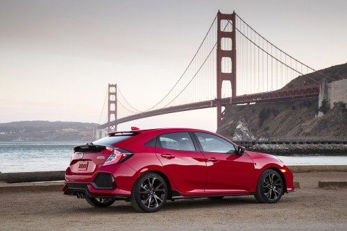 2017_Honda_Civic_Hatchback_01.jpg