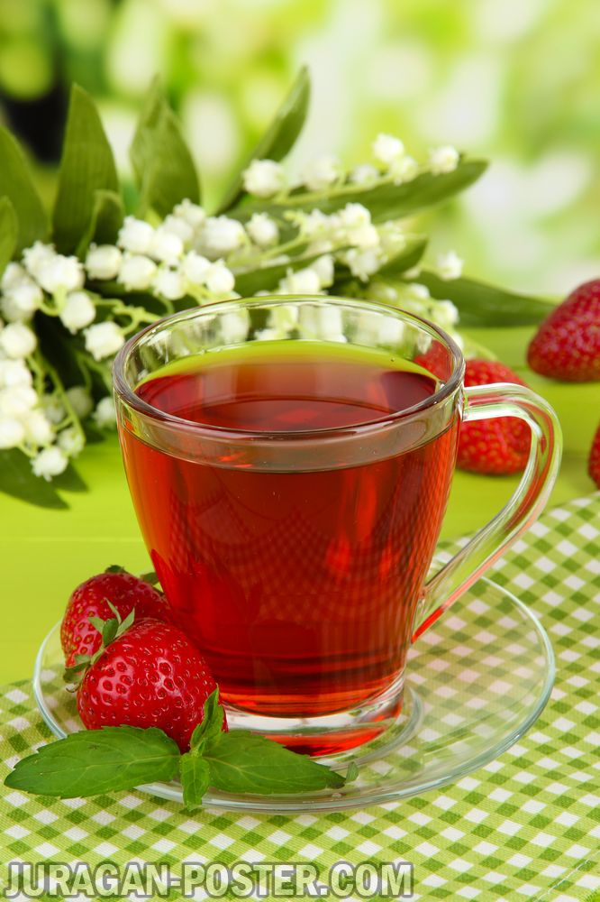 tasty fragrant tea and fruit drinks