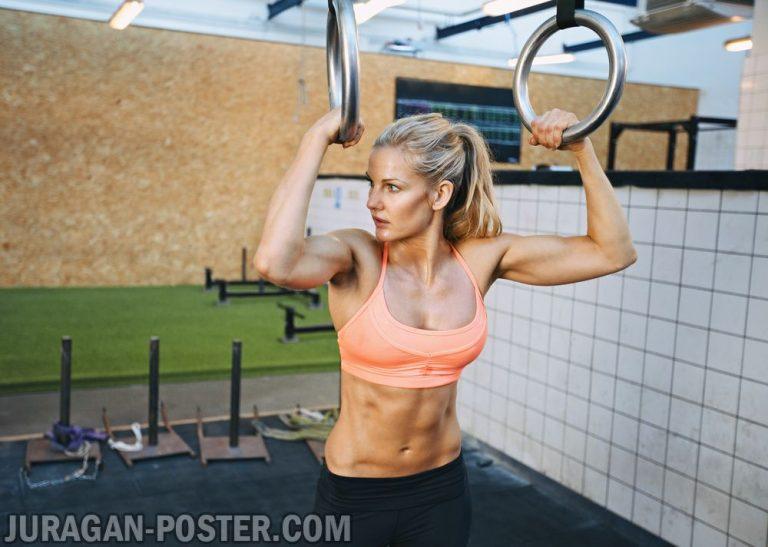 jual poster gambar wanita fitness pull up