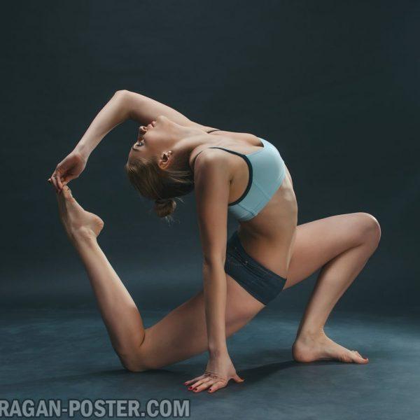 jual poster gambar yoga latar belakang hitam