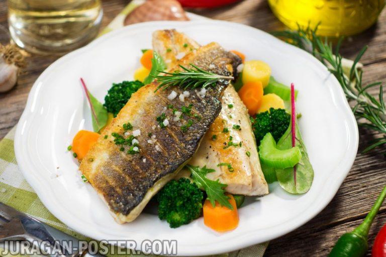 Jual poster gambar makanan ikan