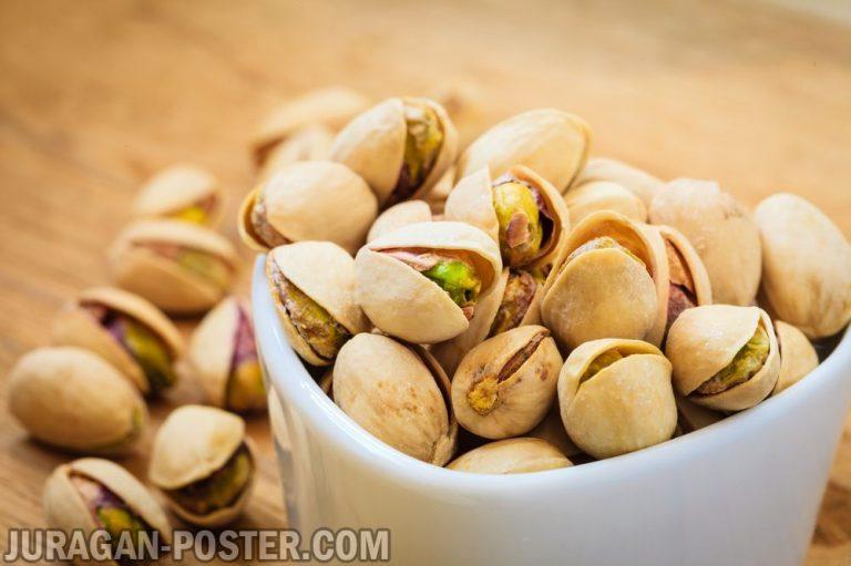 Jual poster gambar makanan Nuts / Kacang-kacangan 01